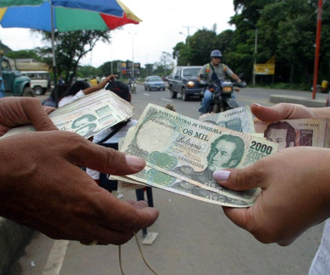 Venezuela, Crisis economica - Página 20 Bol%C3%ADvares