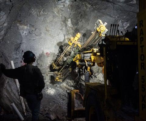 Grandes mineras celebran aumento del cobre, pero ponen ojo a las próximas negociaciones
