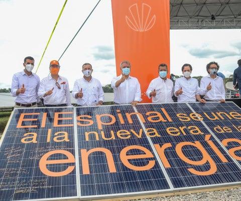 Celsia inauguró granja solar en el Tolima que genera 9,9 megavatios de energía limpia